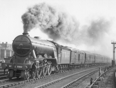 Unidentified Gresley A1 Pacific at speed
