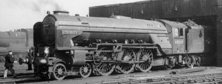 Peppercorn A2 No. 60539 'Bronzino' at Grantham in 1961 (PH.Groom)