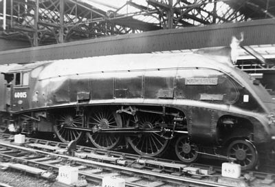 Gresley A4 Pacific No. 60015 'Quick Silver' at Newcastle in the early 1960s (A. Willis)