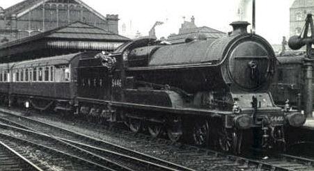 Robinson Class B8 No. 5446 Earl Roberts of Kandahar (M. Peirson)