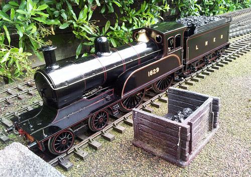 Tom Barratt built live steam Gauge 1 D17/1 (B.Cripps)