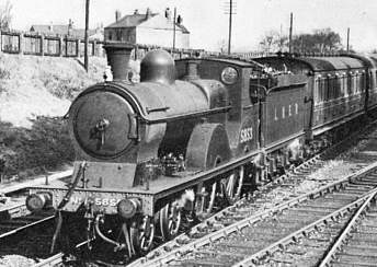 Class D6 No. 5853 leaving Glazebrook in 1939