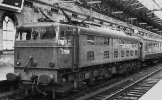 EM2 No. 27006 Pandora in blue livery at Manchester Piccadilly in 1966