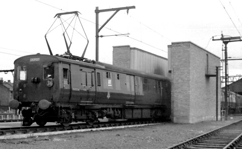 Shenfield stock being used to demonstrate the new washing plant at Ilford (M.Morant)