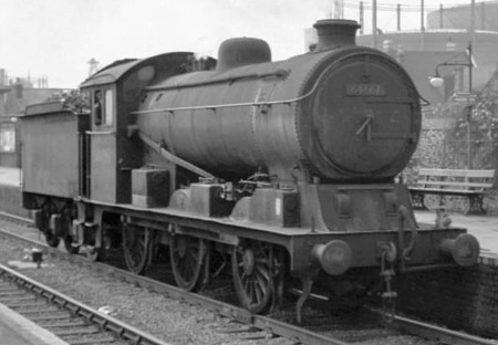 J19/2 BR No. 64667 at Ponders End in 1960 (M.Peirson)