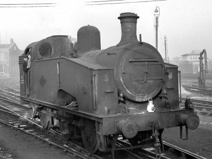Class J50/3 Departmental No. 16 (BR No. 68976) at Doncaster (M.Morant)