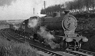 Class O4/3 No. 63833, Clipstone Colliery in 1953 (M.Morant)