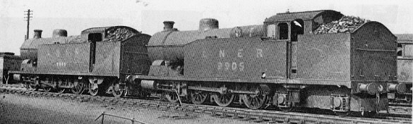 Robinson S1 0-8-4T in 1948; Left: S1/1 No. 9900, Right: S1/3 No. 9905