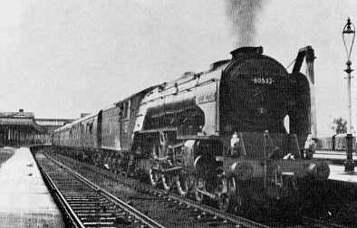 Peppercorn A2 No. 60532 Blue Peter at Stirling