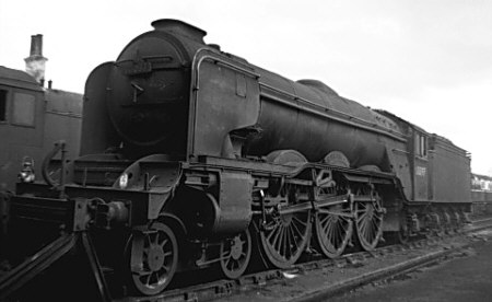 Gresley A3 Pacific No. 60097 'Humorist' with large smoke deflectors, at Carlisle Canal in 1963 (M.Morant)