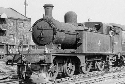 C12 BR No. 67397 at Grantham in 1958, larger bunker (PH.Groom)
