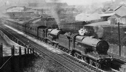 Class D11/2 'Improved Director' No. 6379 Baron of Bradwardine & No. 6388 Captain Craigengelt, climbing Cowlairs Bank with an excursion to Aberdeen in July 1930