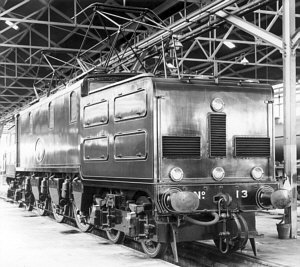 Picture of EE1 No. 13 from the Bill Donald Collection