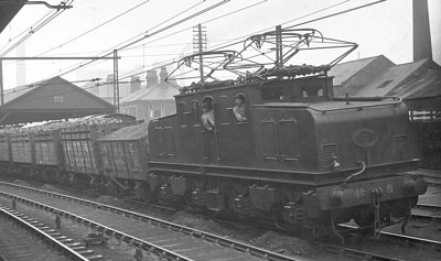 EF1 No. 6 hauling a coal train through Thornaby, from the Bill Donald Collection
