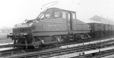 NER No. 2 at Heaton Car Sheds in 1905, note Westinghouse hoses and bow collector; Bill Donald Collection