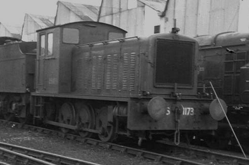 DS1173 at Hither Green on 30th Jan 1960 (c. G. Bannister)