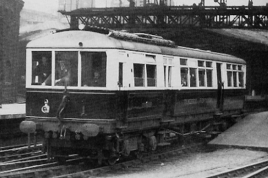 Armstrong Whitworth railcar Tyneside Venturer on trial service at Newcastle in 1932