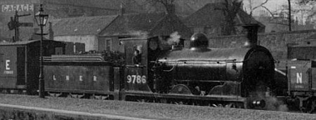 J36 No. 9786 at Alloa (D.Henderson)