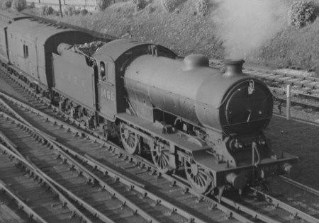 J39/1 No. 1465 at Low Fell in 1938 (M.Peirson)