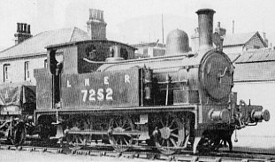 J65 No. 7252, at Harwich Town Quay in 1933