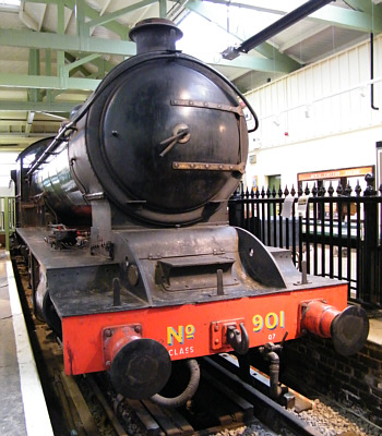 Raven Q7 No. 901 at Darlington (R.Langham)