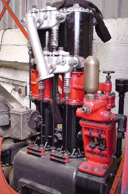No. 68153's engine unit, note vertical cylinders and valve gear