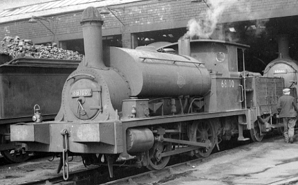 Y9 0-4-0ST No. 68100 with wooden tender at Dundee in 1954 (PH.Groom)